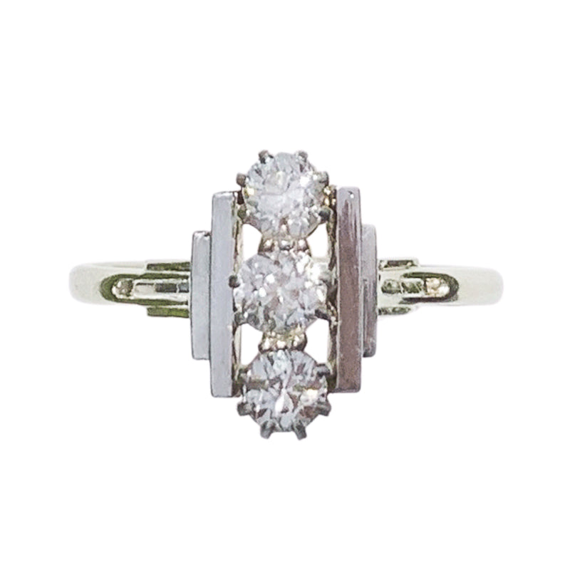 An Art Deco Diamond Platinum Ring