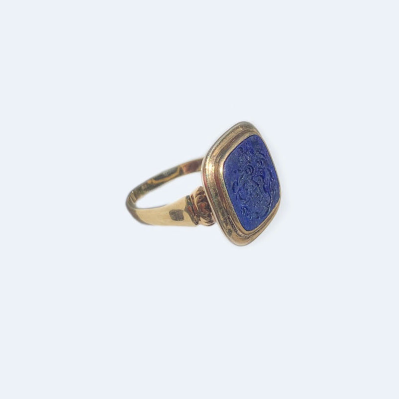 14ct gold lapis signet ring