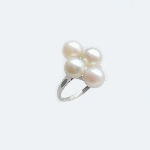 4 cultured Pearl platinum ring c.1920s
