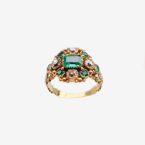 Emerald Diamond 18ct Gold ring