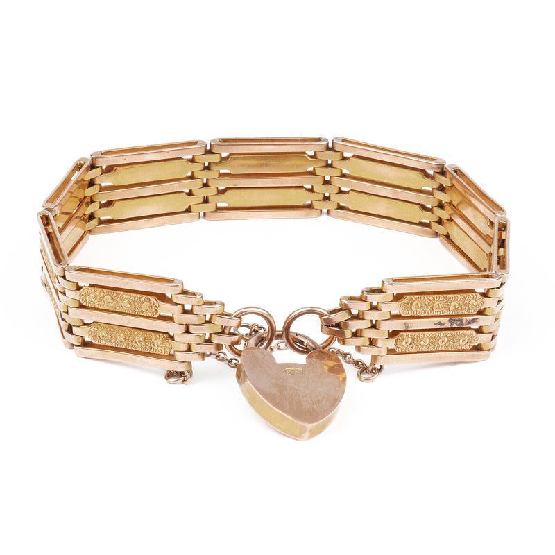 A 1940s Gold Heart Shaped Padlock Bracelet
