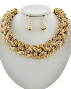 WEBSITE SPECIAL Statement Gold Braided Mixed Chain Necklace Set