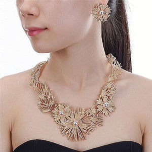 Beautiful Statement Glam Gold Faux Pearl Bib Necklace Set