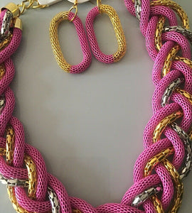UNUSUAL Statement Gold Silver Pink Mesh Flexi Collar Necklace Set