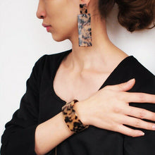 Celluloid Gold Brown Leopard Animal Cuff Bracelet & Earrings Set