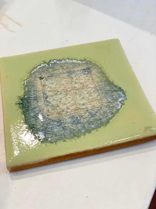 Geode Crackle Trivet Pea Soup
