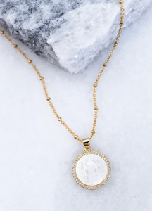 "16"" Circle Pendant Necklace"
