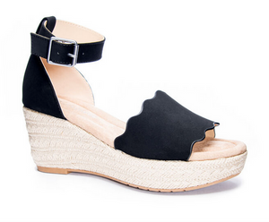 Daylight Scalloped Wedge Sandal