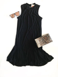 MR-Blk S/Less Flounce Dress