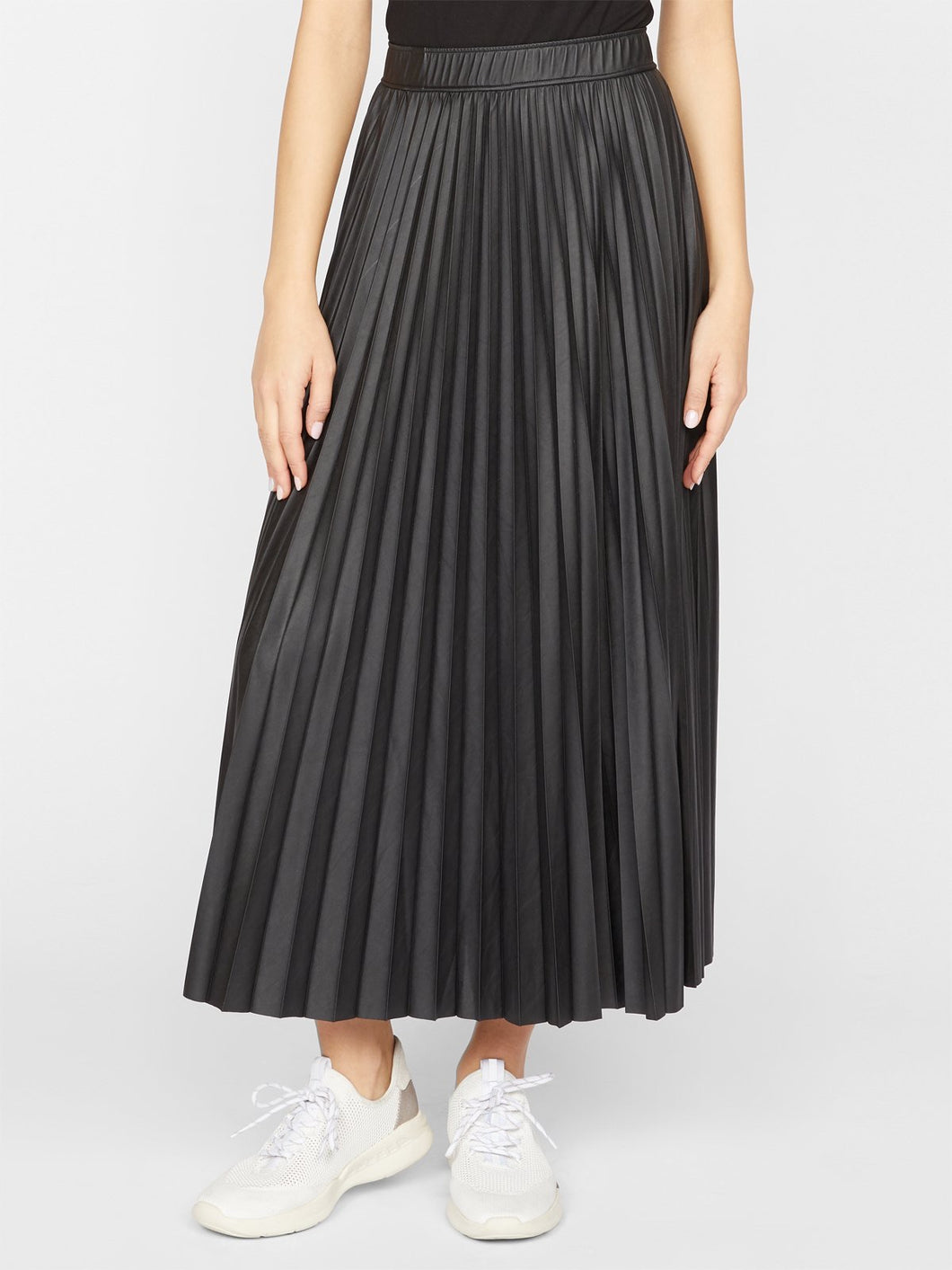 Top Secret Pleated Midi Black Skirt