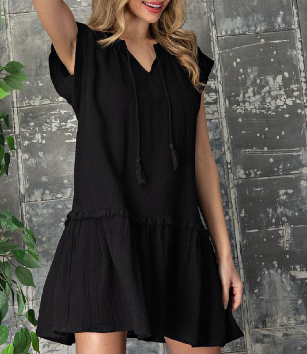 Flutter Black Sundress