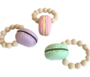Macaroon Teether