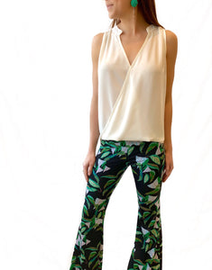 Black Leaf Print Fitted Flare Pant