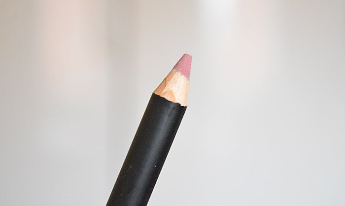 Nouba Professional Lip Pencil  NO 21Cosmetics Online IE