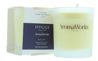 AromaWorks HYGGE RELAX - Vetivert & Petitgrain Candle with  Essential OilCosmetics Online IE