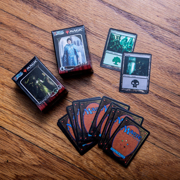 World's Smallest Magic: The Gathering Deck