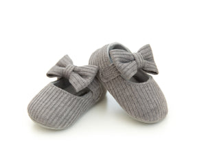 Sloan Shoes in Gray - Reverie Threads