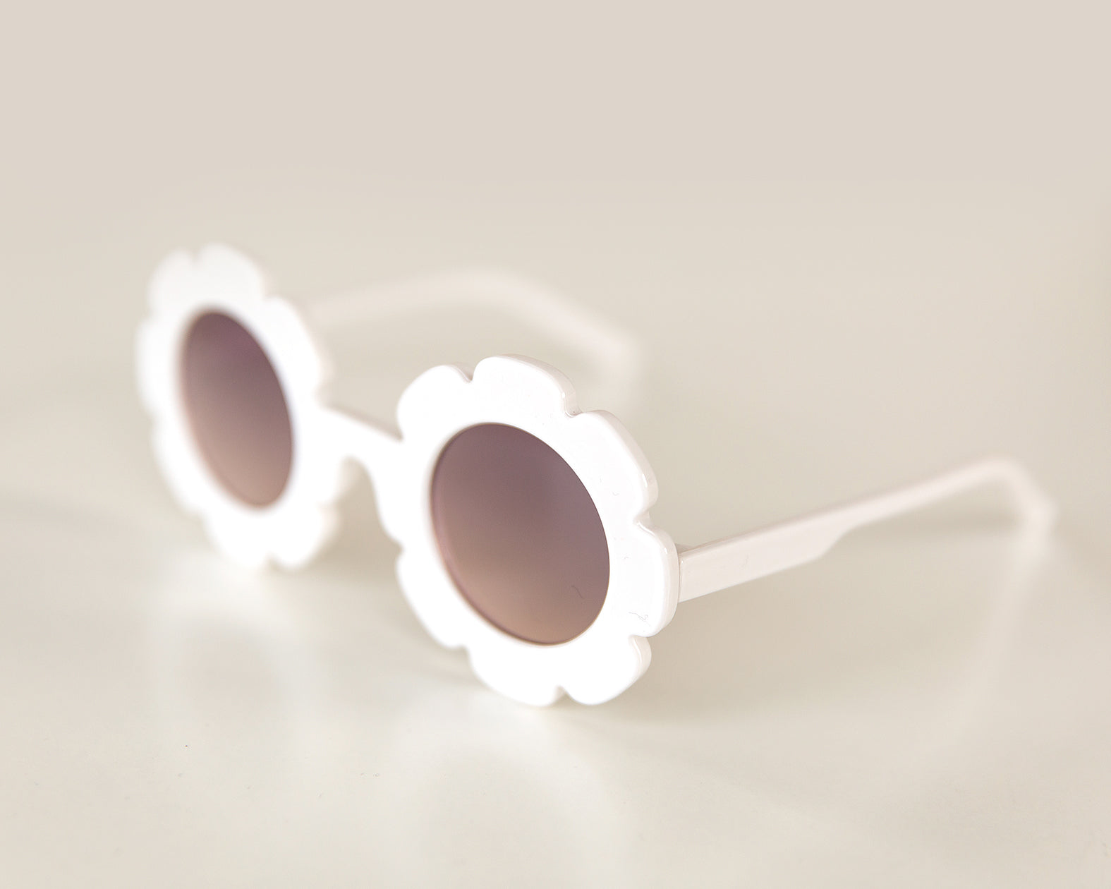 Flower Sunnies in White