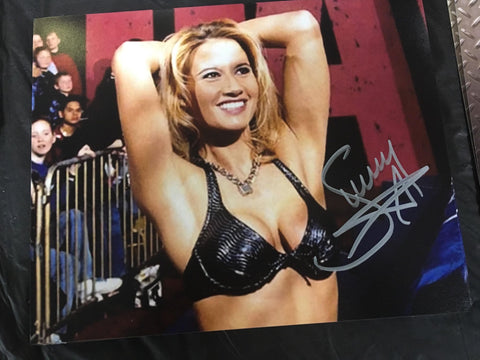 Sunny Pose 5 Signed Photo COA