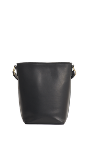 Shop bobbi bucket bag black classic leather by O My Bag at thegreenlabels