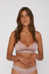 Shop TENCEL™ bralette dusty rose by Organic Basics on thegreenlabels.com