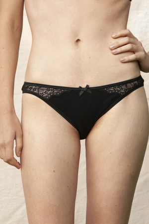 volga panties black by Olly Lingerie on thegreenlabels