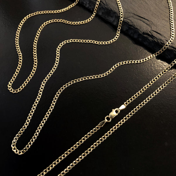 Petite Curb Chain necklace