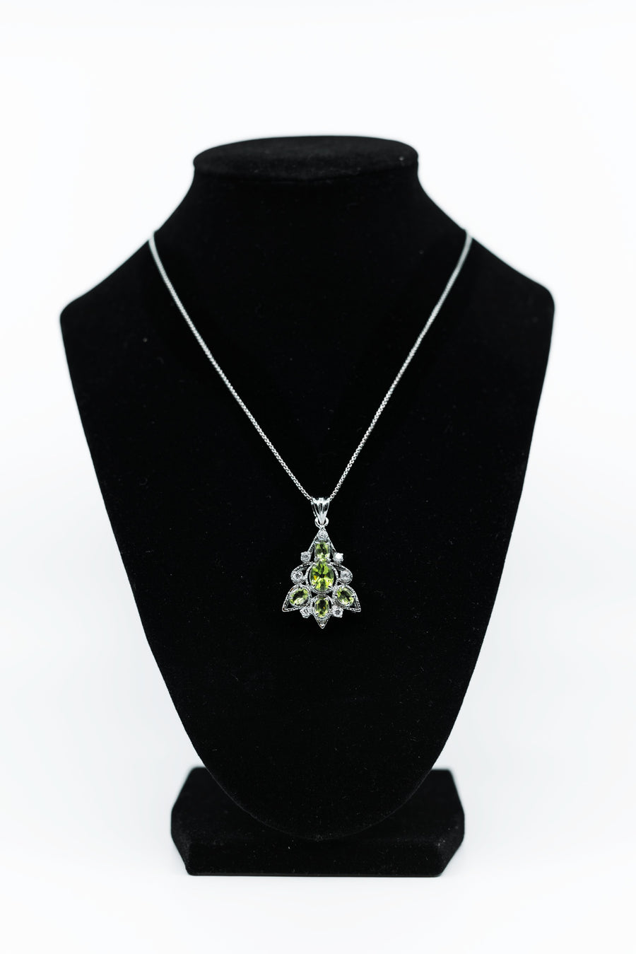 Green Graduate Leaf Pendant with White Sterling Silver