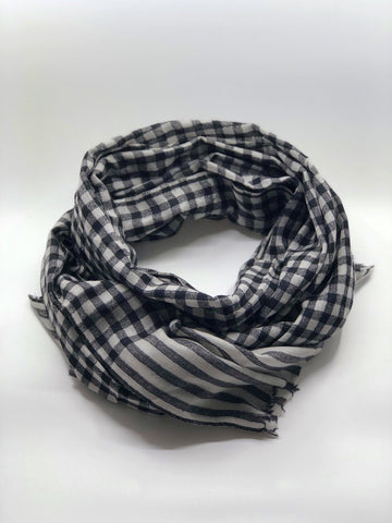 Black & White Tiny Checkered Cashmere