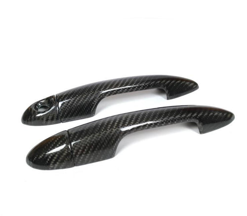 Carbon fiber Door Handles cover for the Alfa Giulietta Mito Since it is a cover it will be mounted over your oem part, this part will come with a high UV coated finish, it will be installed with a 3M adhesive tape that is included.  -Real 3k dry carbon fibre textured 2x2 twill weave -Brand New Gloosy Carbon Fiber -UV coating protected -Automotive 3M adhesive tape included -Prepreg technology  Package Included: 1x Alfa Giulietta/Mito Carbon Door Handles Trim Cover