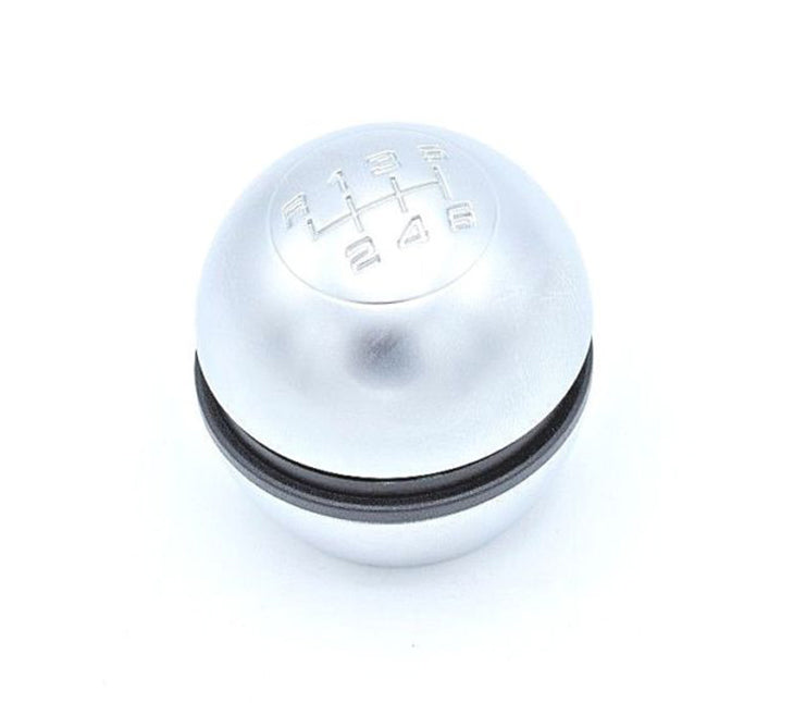This is a brand new, Alfa Romeo Brushed alloy gear knob / gear stick to fit Alfa Romeo Giulietta.   Product specifications:  Alfa Romeo Gear knob   Easy instalation    Package includes:  Genuine Alfa Romeo Gear knob cap