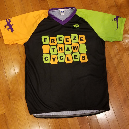 Custom Short Sleeve Trail Jersey by Voler