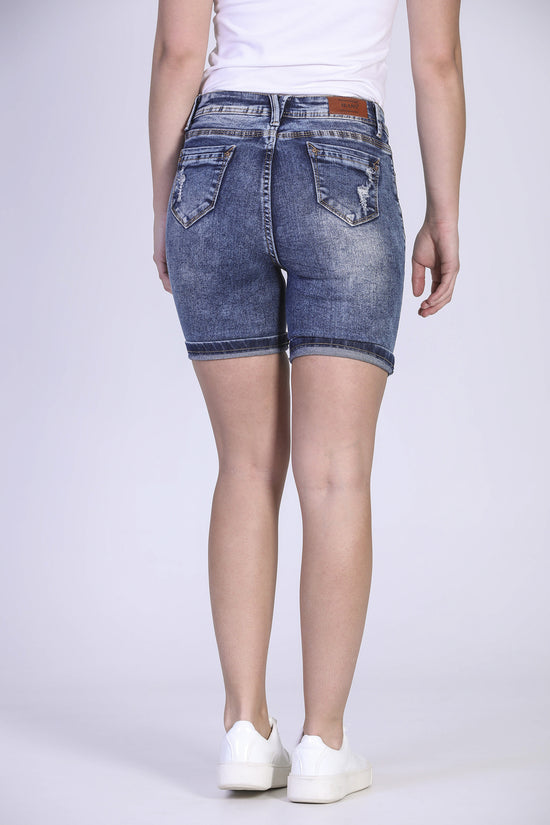 Short denim déchiré