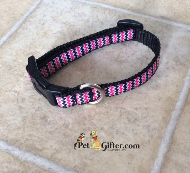 XS Collar - Black & Pink Chevron