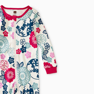 Serenity Patterned Footed Pajamas