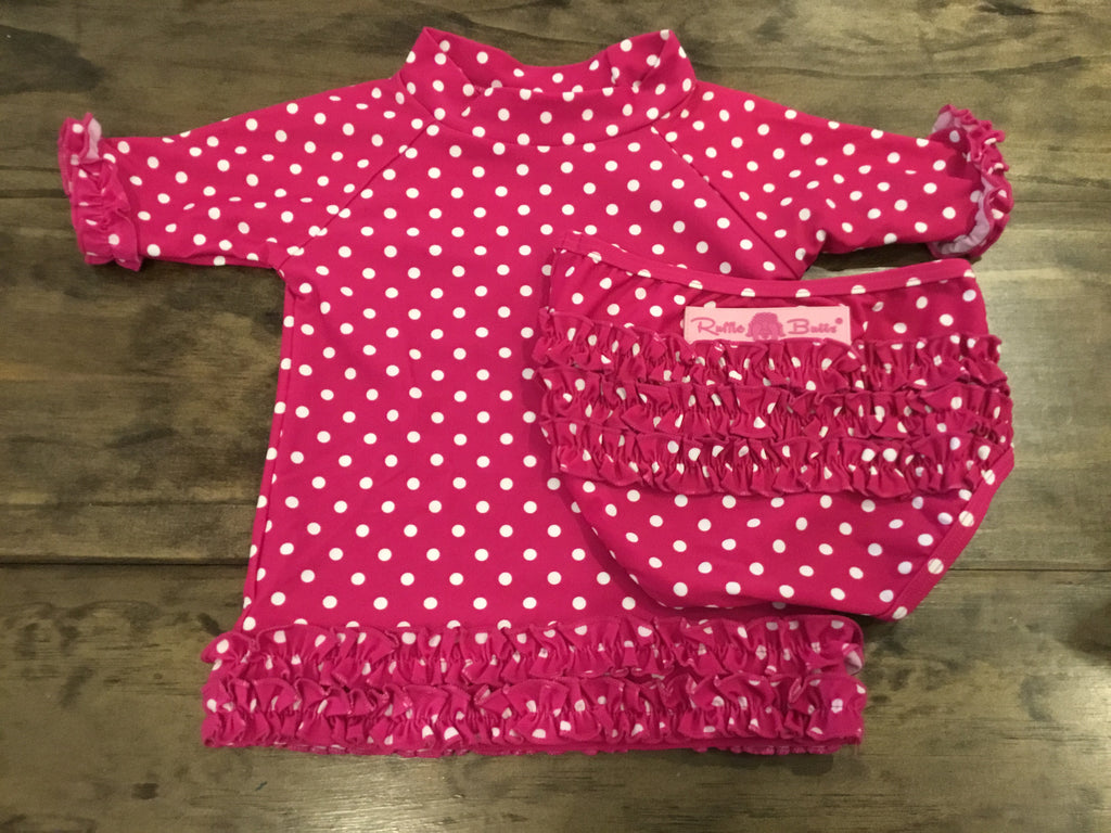Short Sleeve Rash Guard and Bottoms in White Dotted Magenta