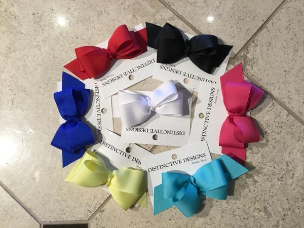 Medium Basic Bows from Distinctive Designs