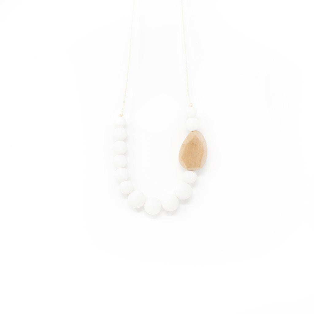 Vanessa Chewable Jewelry Necklace