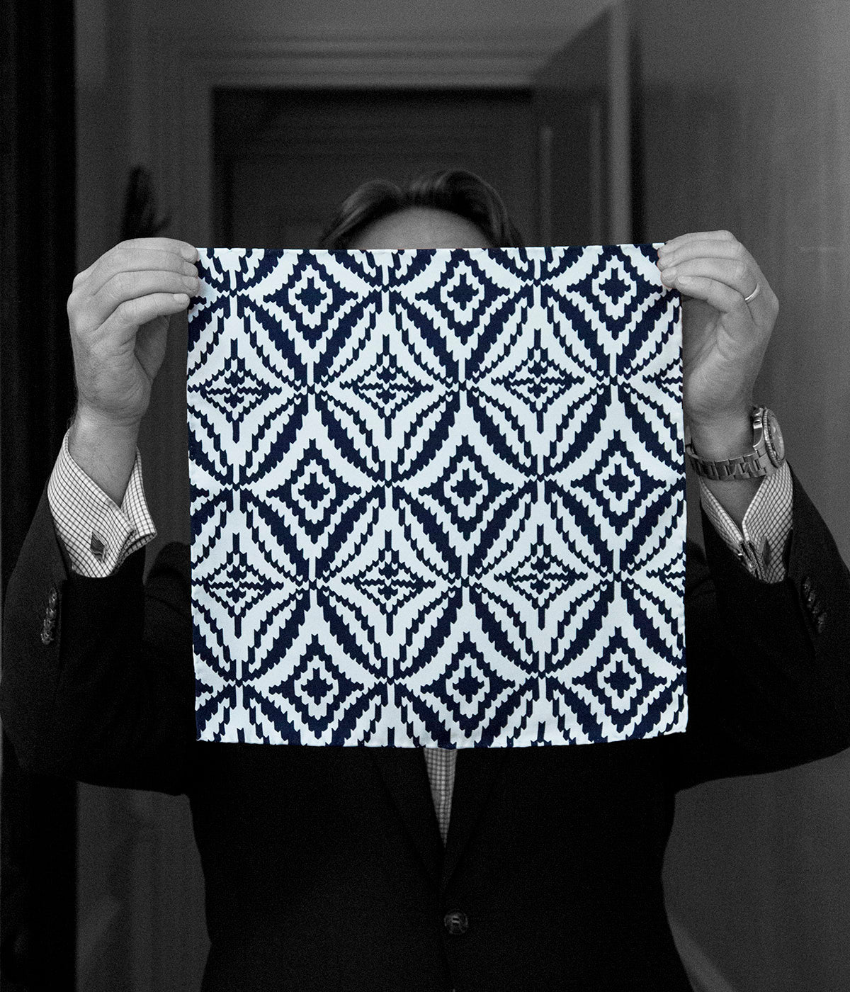 """DEVIL'S TEETH"" TWILL SILK POCKET SQUARE"