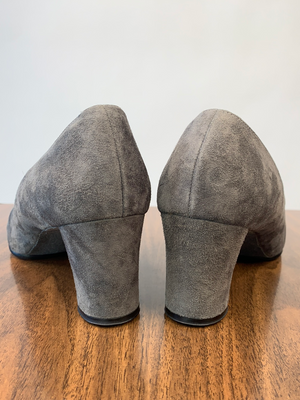1960's Gray Suede Heeled Loafers
