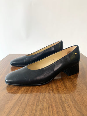 Black Block Heel Leather Aigner Pumps