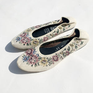 Floral Tapestry Slippers