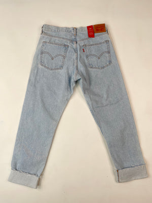 Vintage-Inspired Levi's Wedgie Fit Jeans
