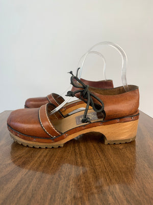 1970's Brown Leather Sven Clogs