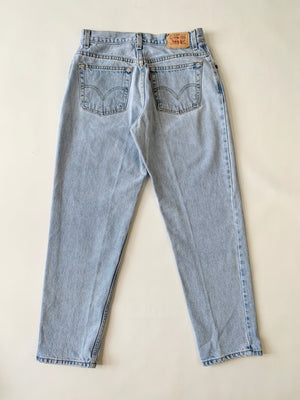 Light Wash Levi's 550 Jeans