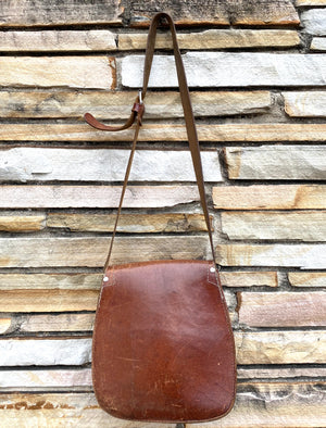 Double-Pocket Brown Leather Saddle Bag