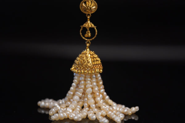 Jhumka hindi classic pearl pendant with 22kt gold تعليقة ذهب قيراط ٢٢ جومكا ديزاين هندي