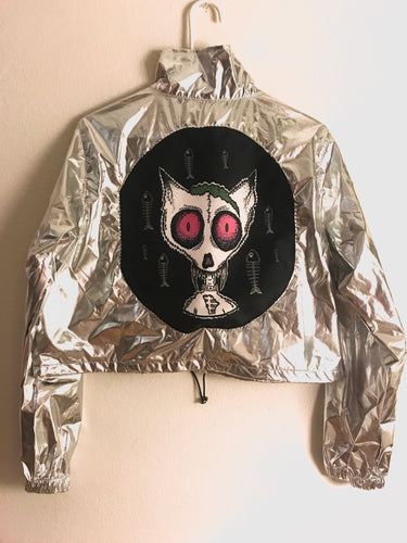 Deadcat brain crop windbreaker