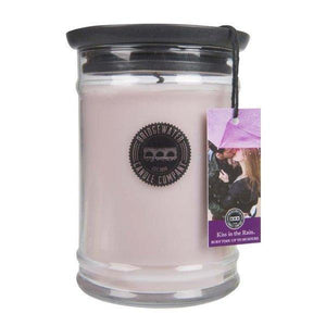 "Bridgewater Candle Large 18.5 Oz. Jar ""Kiss The Rain"""