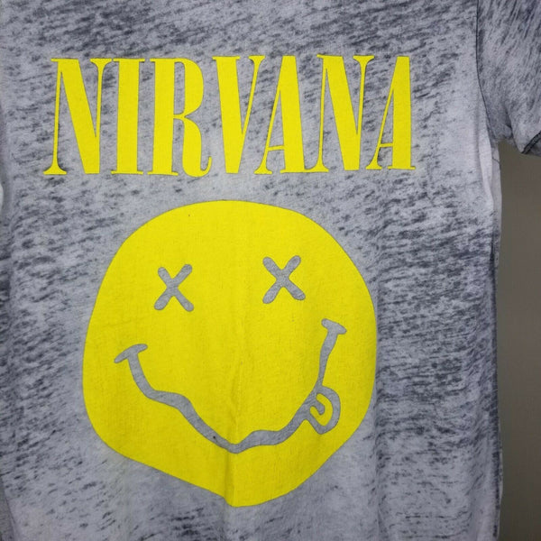 Nirvana Women's Gray Yellow Short Sleeve Top Size Medium